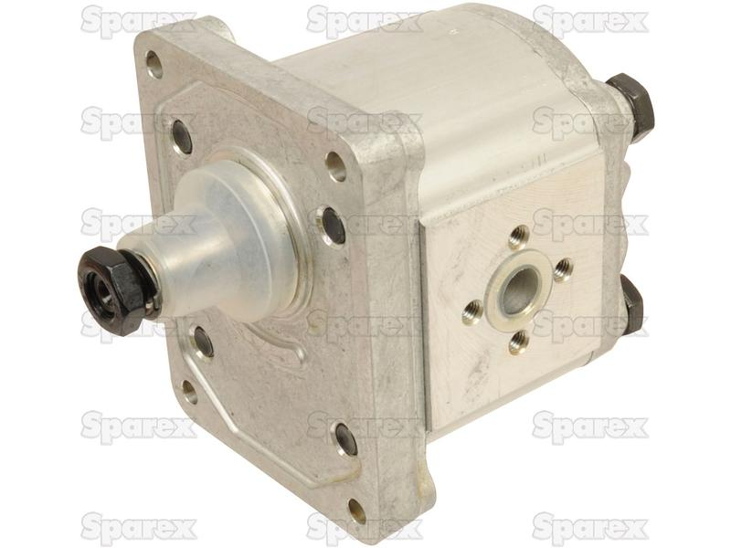 Single Hydraulic Pump for Case IH, Fiat, Ford New Holland, Universal, on